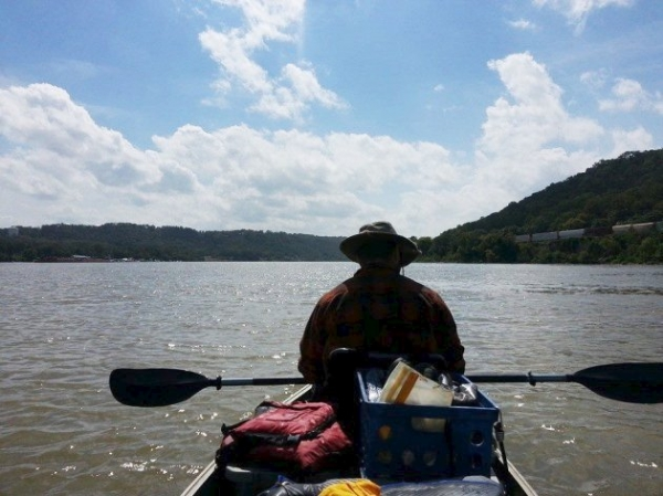 Dogecoin Advocate Travels Ohio River Supported by Community Tips